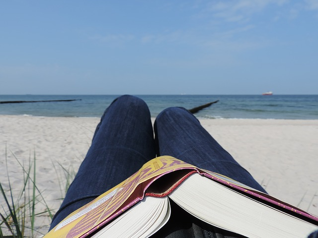 Summer Professional Beach Read II – The Art of Gathering